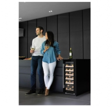 Caple WI3124 Under the counter wine cooler